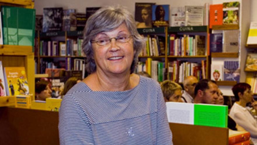 Fallece a los 75 años Pepa Ferrando, fundadora de las librerías Ambra de Dénia y Gandia