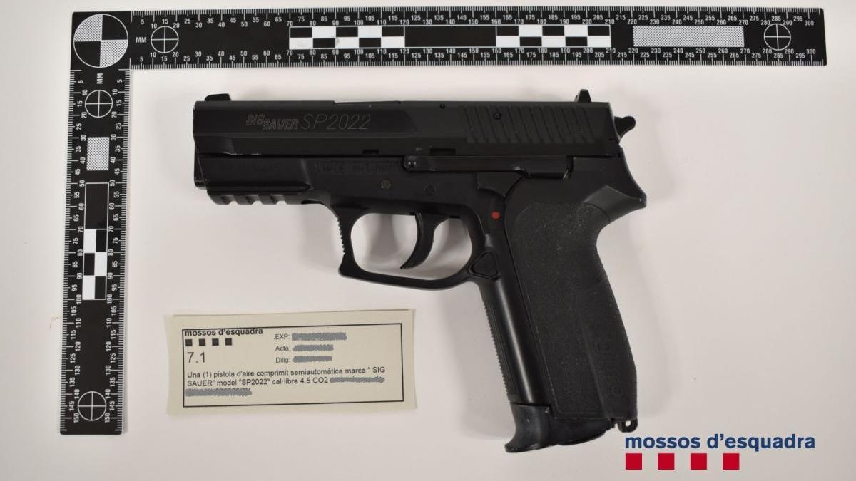 A presó dos lladres per assaltar a punta de pistola quatre persones en tres localitats gironines