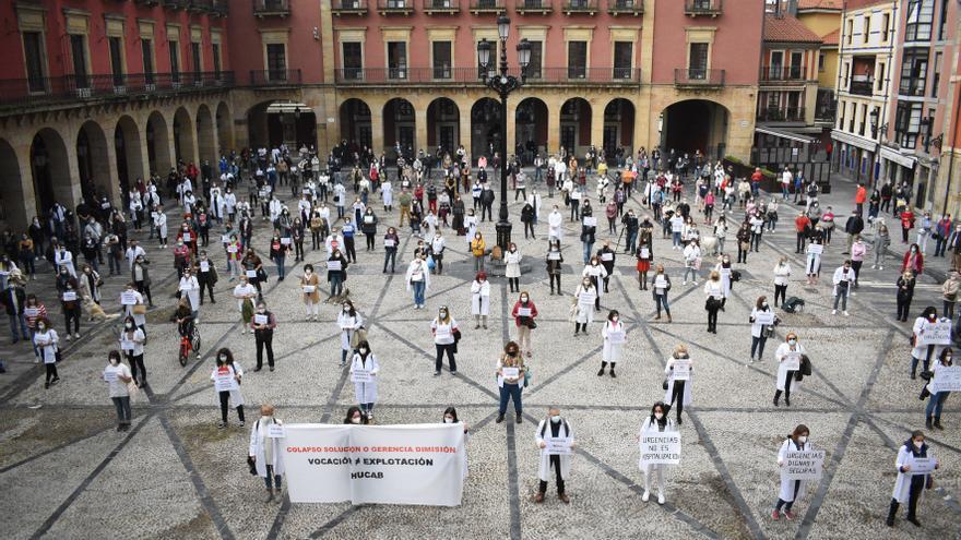 """Los sanitarios de Cabueñes piden ayuda a la Alcaldesa: """"Nos jugamos el colapso"""""""