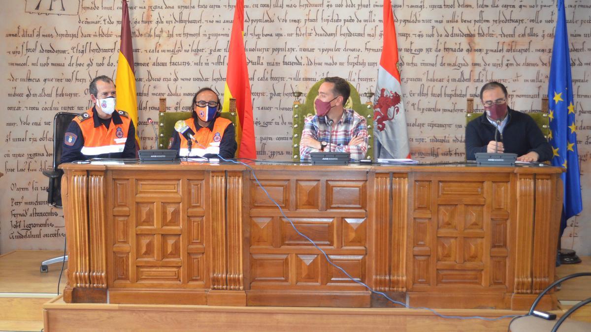 De izquierda a derecha: Elías Lera, Heliodoro Pernía, Luciano Huerga y Fernando Marcos. / E. P.