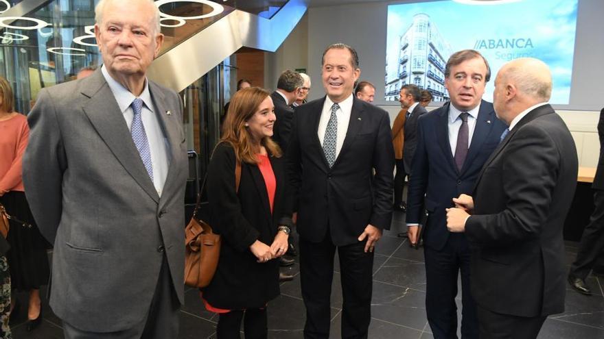 """Abanca lanza """"la primera compañía de vida y pensiones 100% gallega"""""""
