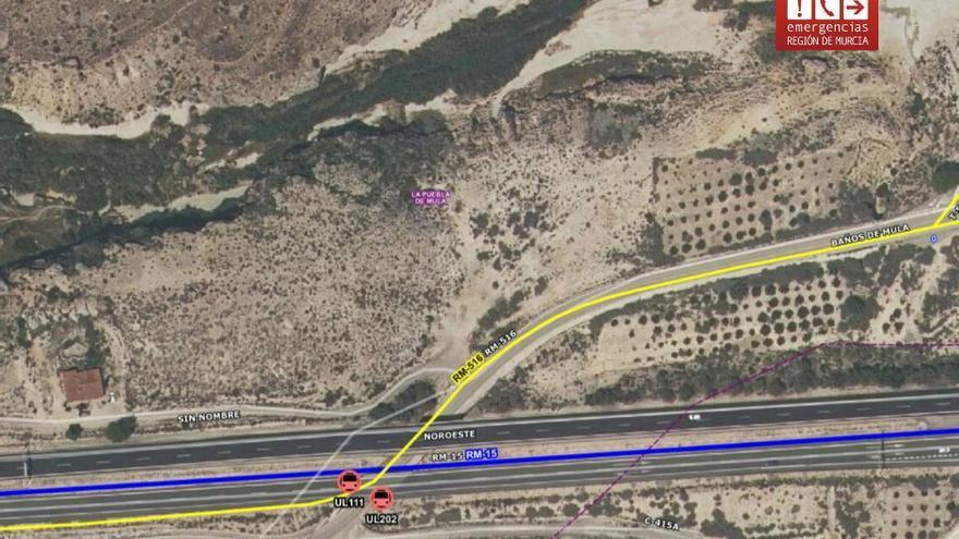 Colisionan dos vehículos a las afueras de Mula