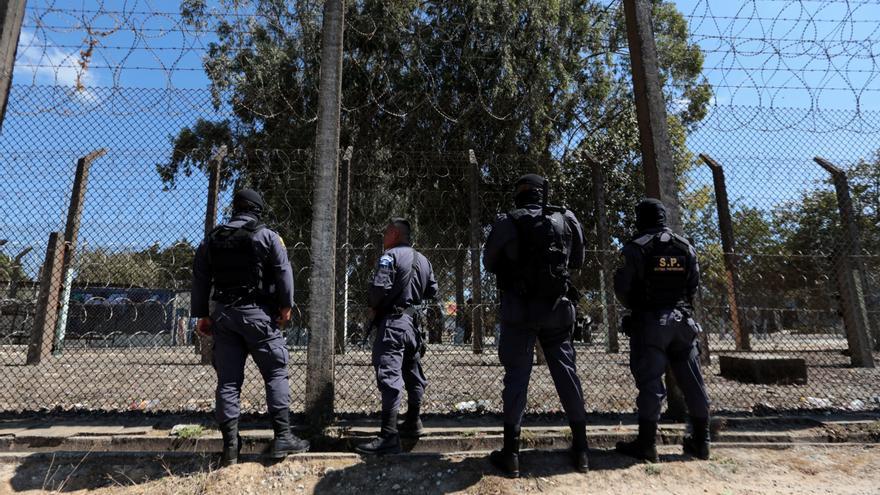 Decapitan a siete presos en un motín en Guatemala