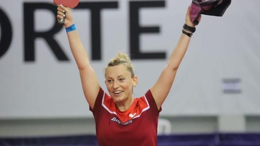 Gàlia Dvorak, jugadora del Tennis Taula Tramuntana, mostra el dia a dia d'esportistes a Tòquio