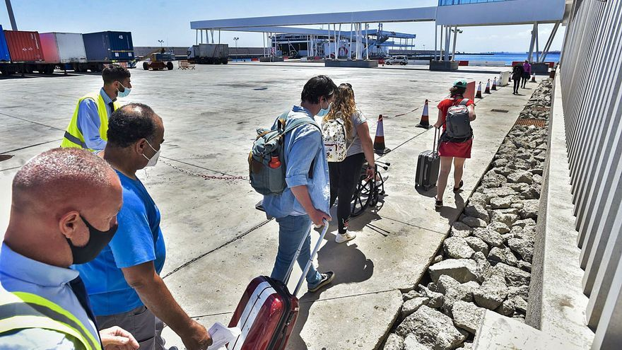 El Puerto muestra  signos de mejora de la economía isleña durante agosto
