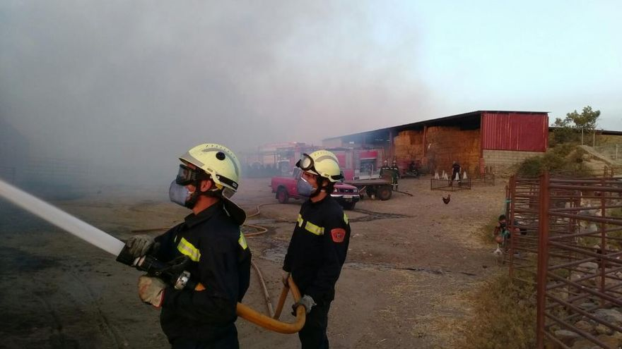 Zamora capital también moviliza a sus bomberos para las labores de extinción en Arribes