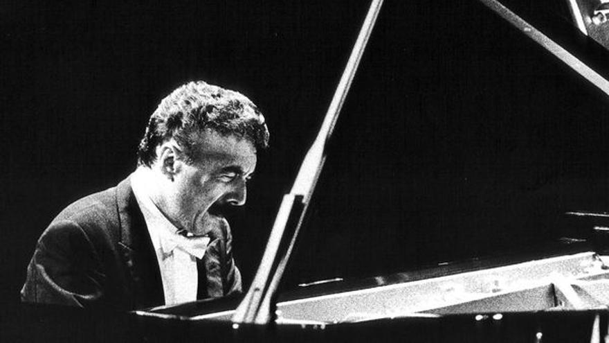 La pasión musical en el virtuosismo de Rafael Orozco