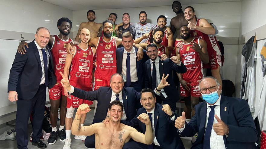 El Real Murcia jugará el play off de ascenso a ACB tras ganar al Ourense