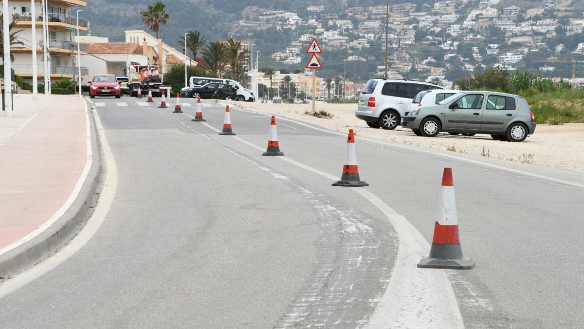 Xàbia cierra al tráfico un carril del litoral del Muntanyar para ganar espacio para correr y pasear