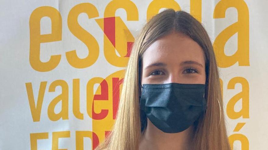 Una alumna del María Blasco galardonada en los Sambori de literatura en valenciano
