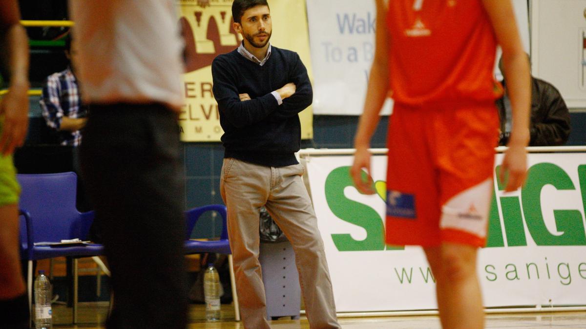 Jacinto Carbajal, entrenador del nuevo Zamarat