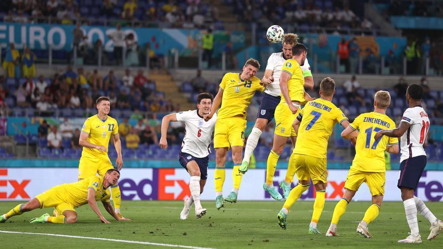 Inglaterra refuerza su candidatura ante Ucrania