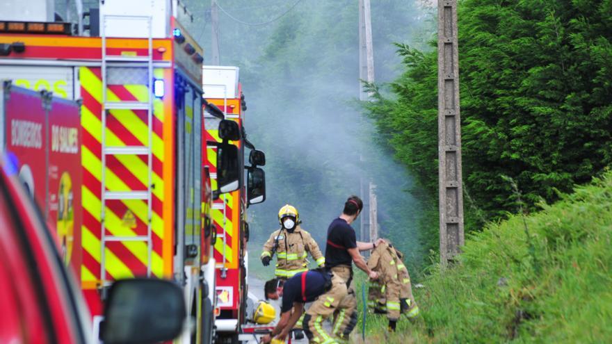 La quema de productos químicos en Catoira se resolverá por vía penal