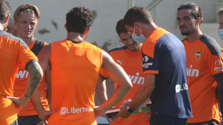 El Valencia puede sacar una tajada millonaria por estos jugadores