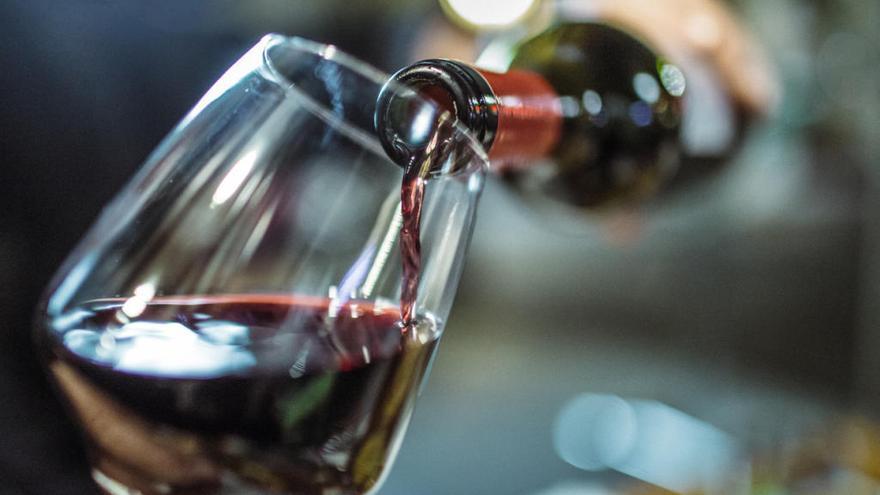 ¿A qué temperatura se sirve el vino en la cena de Nochevieja?