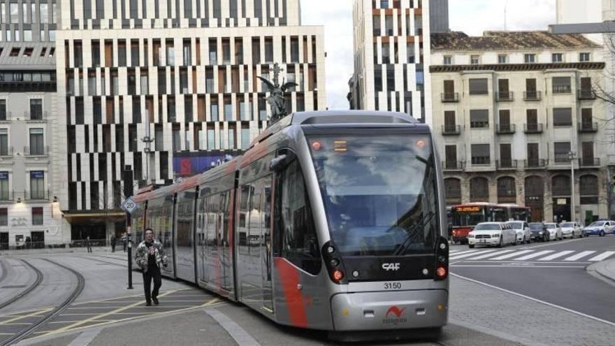 Los trabajadores del tranvía rompen negociaciones con la empresa y convocan una manifestación el 20 de mayo