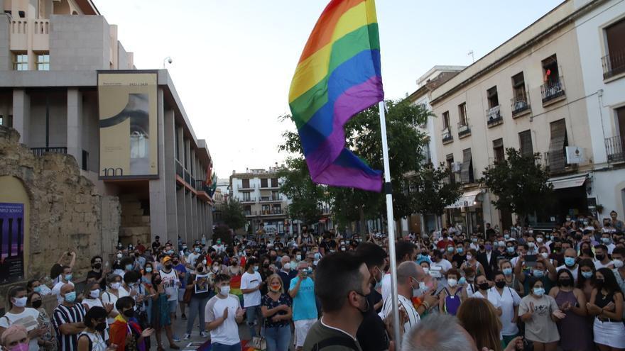 """Cerca de 1.000 personas exigen en Córdoba """"justicia"""" por el asesinato de Samuel Luiz"""