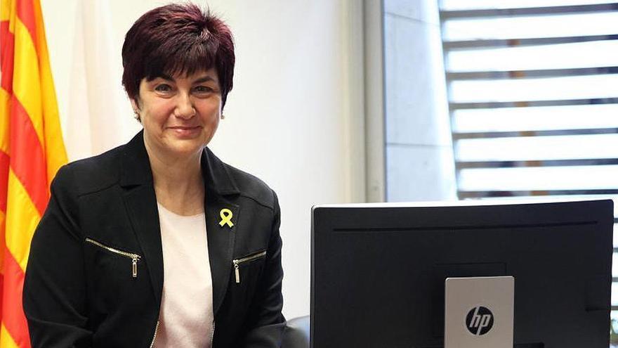 Absuelta la alcaldesa de Roses, la primera edil juzgada por facilitar el 1-O