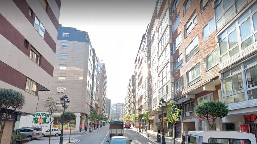 Detenido en Vigo tras destrozar un local con piedras y golpear con una barra a los propietarios