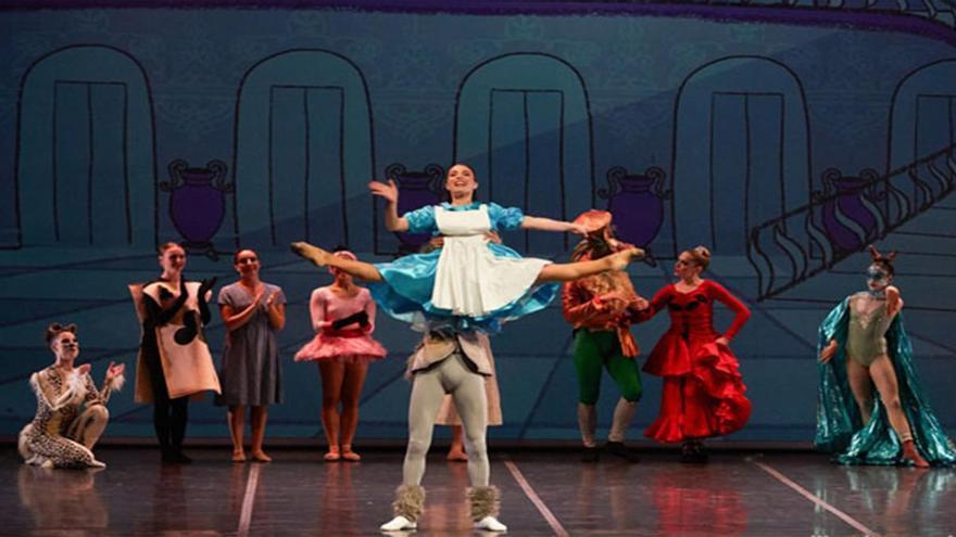 Danza - Alicia... en el País de las Maravillas