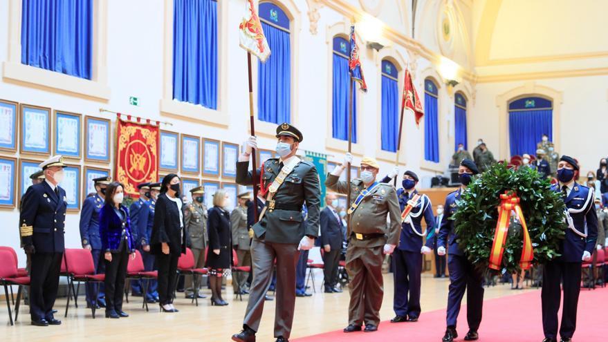Defensa rinde un sentido homenaje a los 27 fallecidos en las Fuerzas Armadas por el coronavirus