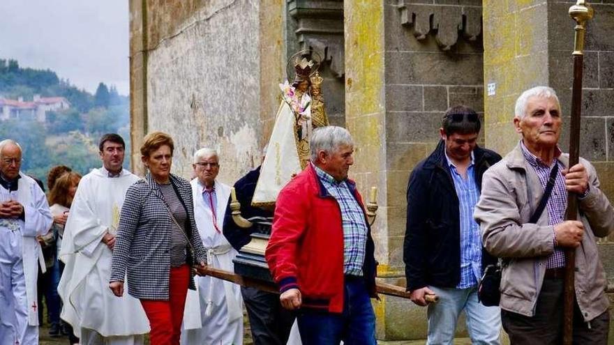 El santuario de Abades honra a la Virgen de los Desamparados