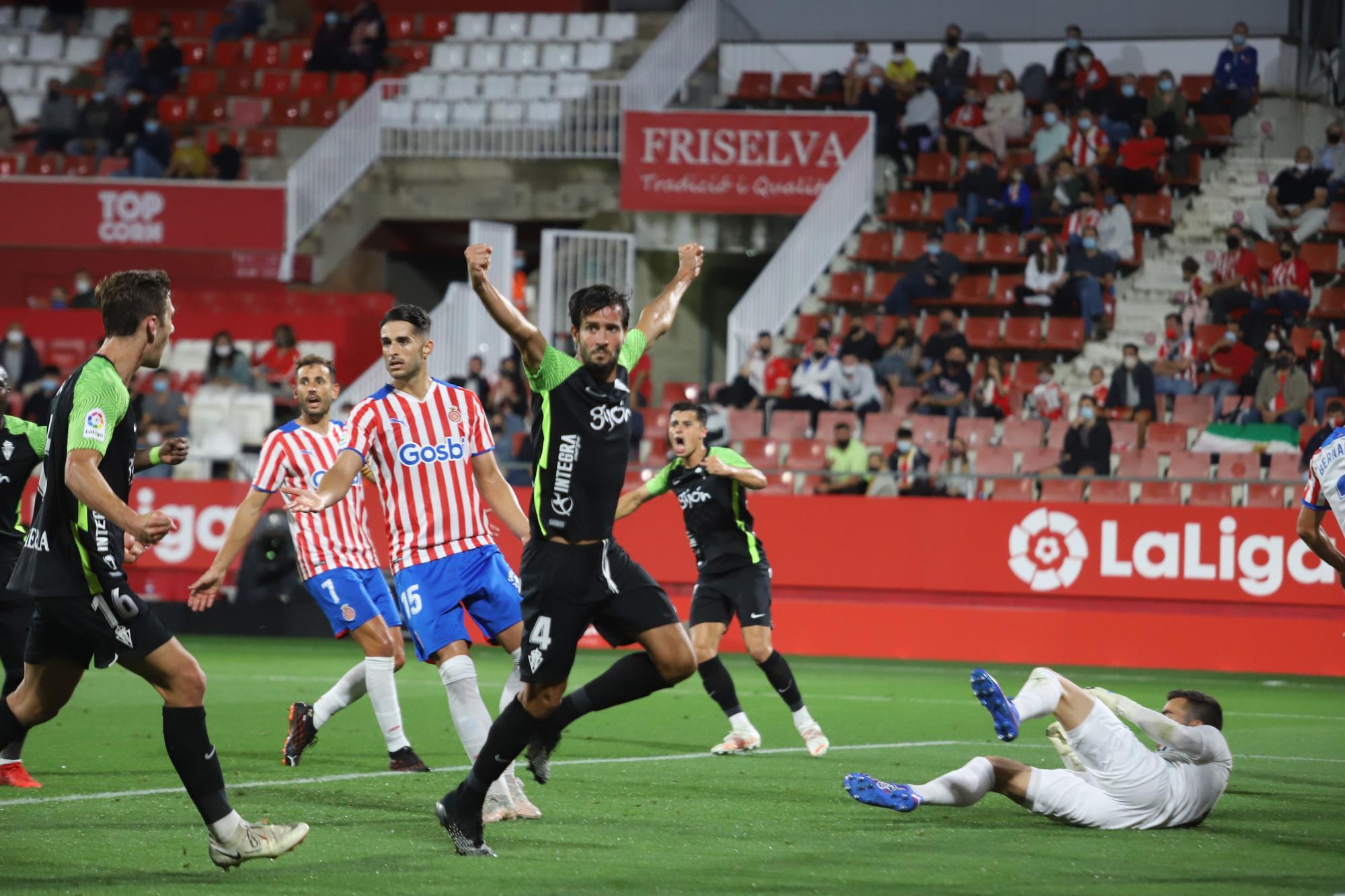 Las imágenes del partido entre el Girona y el Sporting (1-2)