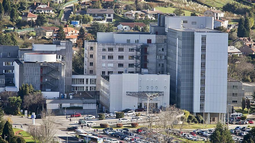 """Pacientes y sanitarios exigen un Hospital de Cabueñes """"cómodo"""" y puntero en innovación tras la ampliación"""