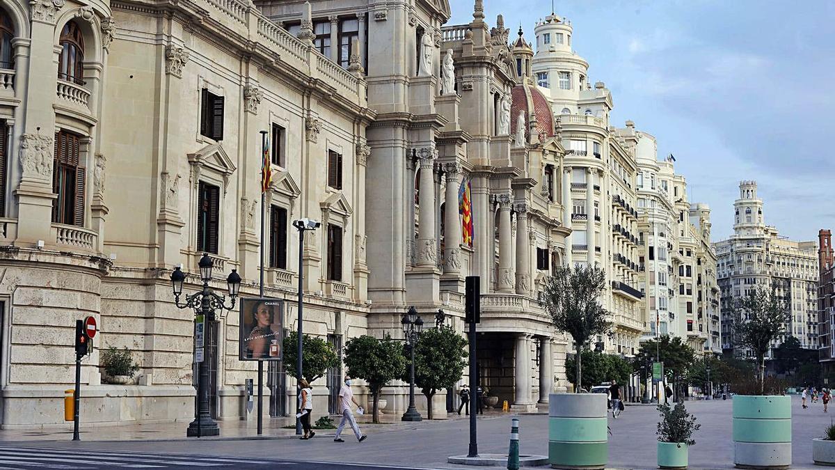 La plaza del Ayuntamiento de València donde se prevé instalar el monolito al 15-M   M.A.MONTESINOS