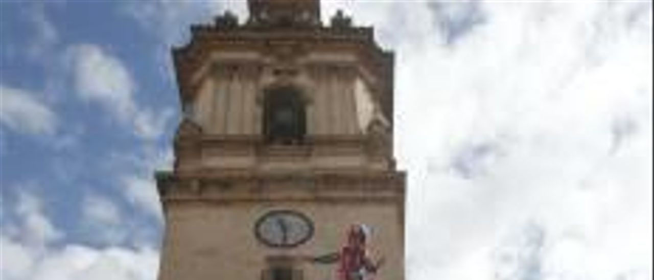 Una de las torres humanas realizada por la Muixeranga.