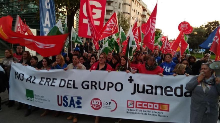 Entlassungen in Juaneda-Kliniken: rund 400 Teilnehmer bei Protestmarsch