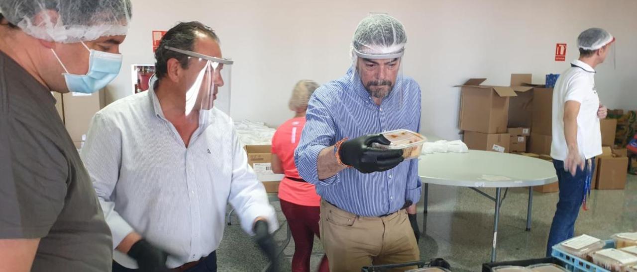 El alcalde de Alicante, Luis Barcala, este sábado en su visita al CDT.