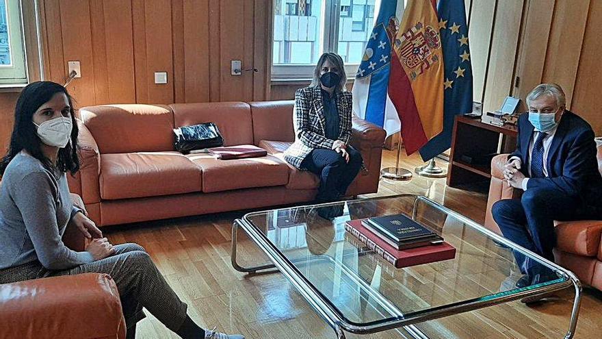 Ribadavia pide humanizar la N-120 y retomar las obras en el castillo