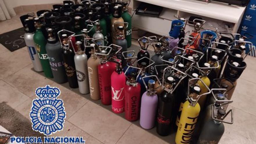 Cuatro detenidos en Benalmádena y Marbella por distribuir gas de la risa de forma masiva