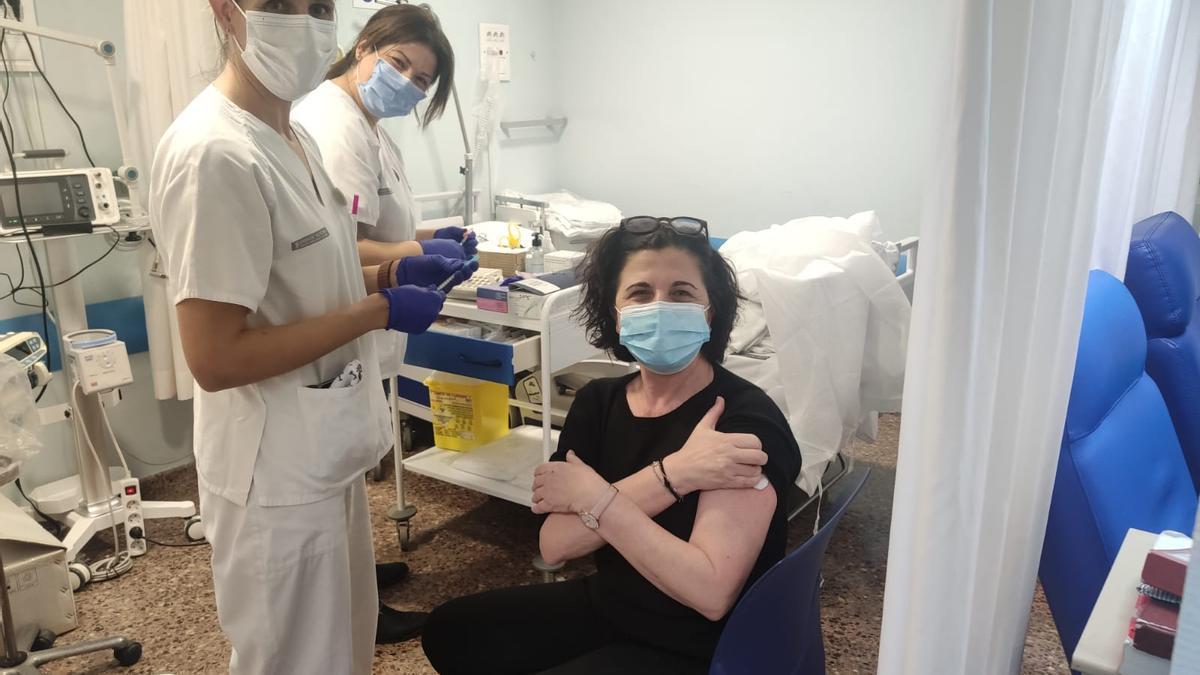Vacunación masiva de sanitarios en Valencia