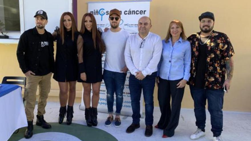 14 cantantes canarios se reúnen en una canción para apoyar a los niños con cáncer