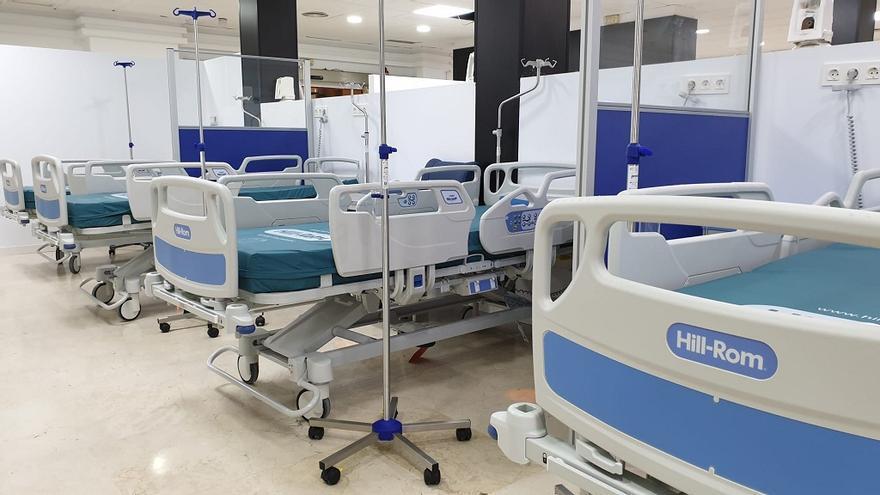 El Hospital de la Axarquía reduce la actividad quirúrgica para ganar camas para enfermos Covid
