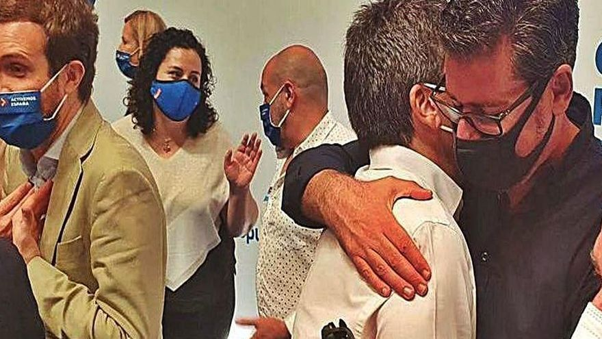 El abrazo de Ciudadanos  a Mazón en Alicante que abre una brecha con Cantó