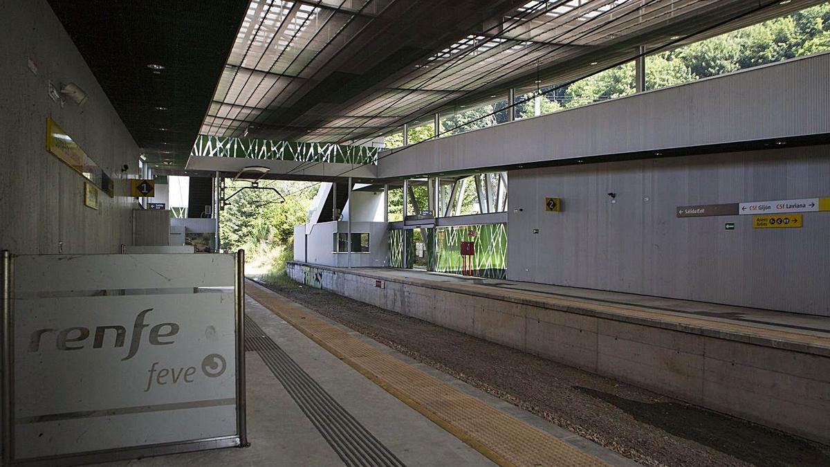 La nueva estación construida en Sama. | Fernando Rodríguez