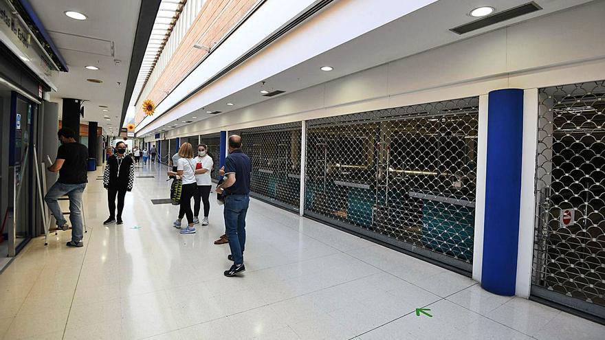 Carrefour ya es historia en A Barca