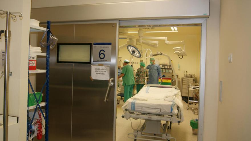 Dos médicos intensivistas refuerzan la UCI del Hospital Can Misses