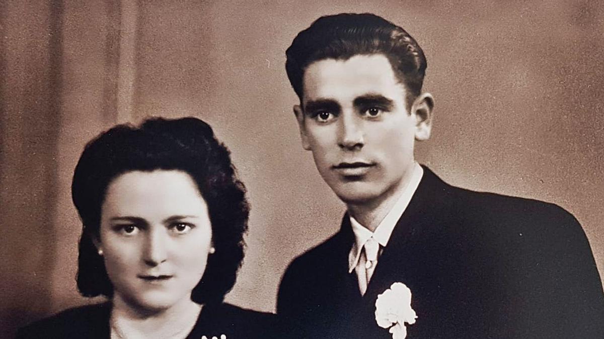Jerónima del Campo y Arcadio López en su boda, el día 5 de mayo de 1951.   Familia López del Campo