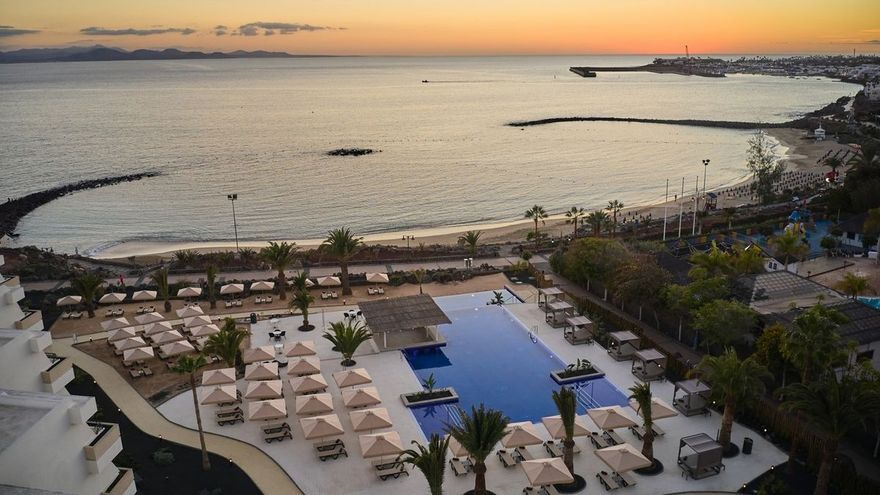 Dreams Lanzarote Playa Dorada: Una semana en Lanzarote con tu familia en hotel de lujo, todo incluido desde 1.400 euros