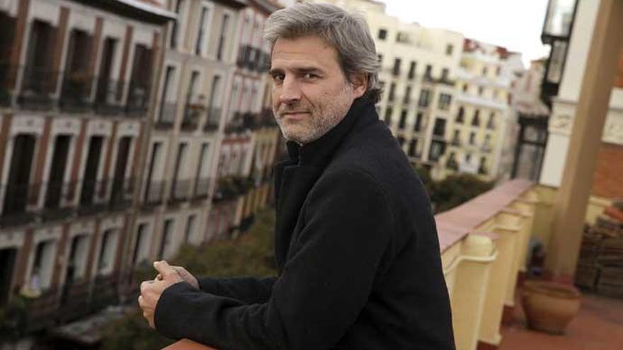 Las redes se vuelcan con Alberto San Juan por la polémica con su obra