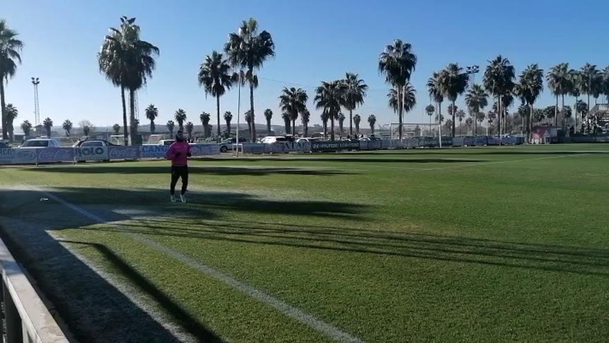 Javi Flores regresa a los entrenamientos del Córdoba CF