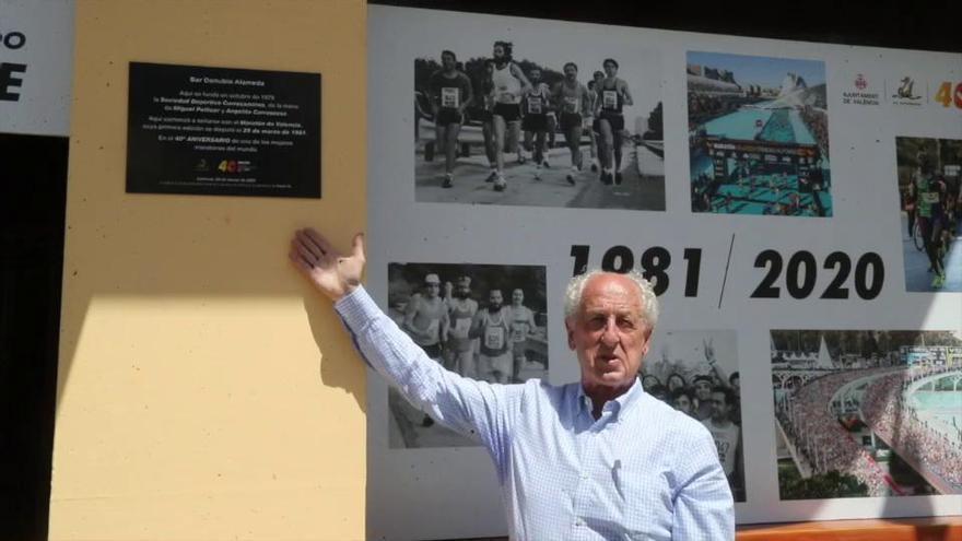 Paco Borao 40 aniversario del Maratón Valencia acto Bar Danubio