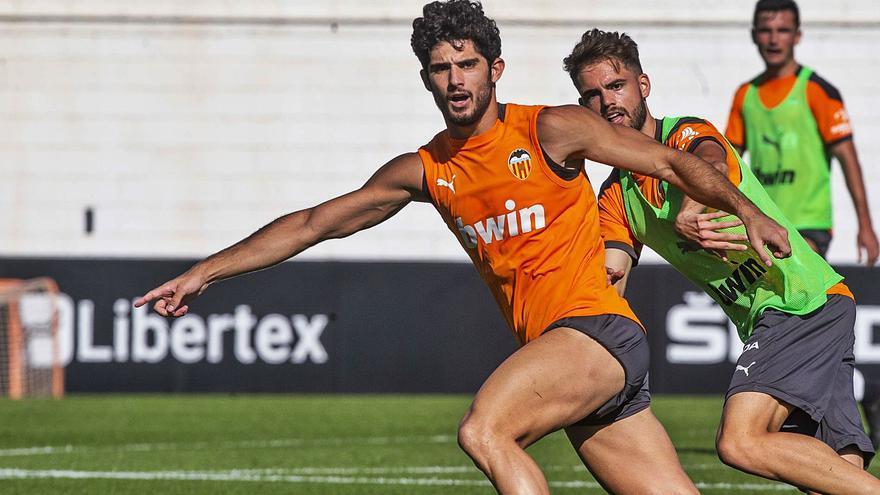 El Valencia cruza los dedos con Maxi