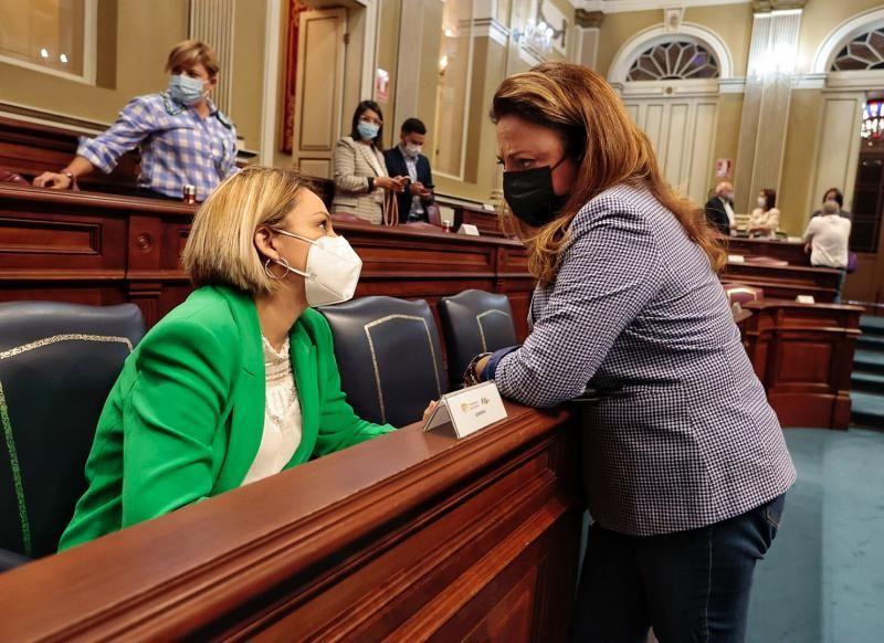Pleno en el Parlamento de Canarias (13/10/21)