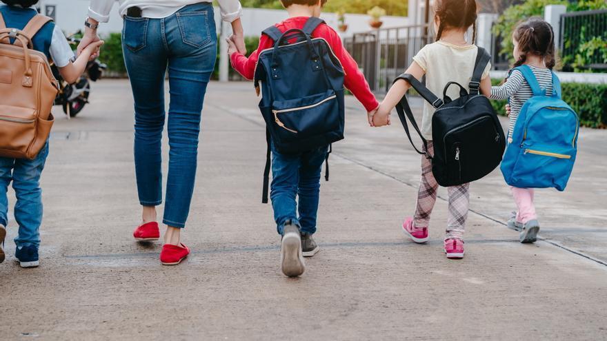 Alertan sobre la indefensión que supone la ley de la infancia para padres y menores