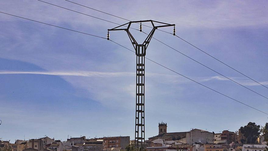La Font se planta contra el recurso de Red Eléctrica sobre la tasa local
